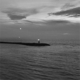Dakota Suite & Vampillia- The sea is never full