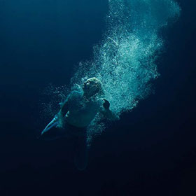 Låpsley- Through water